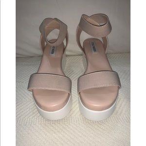 Nude platform Sandals